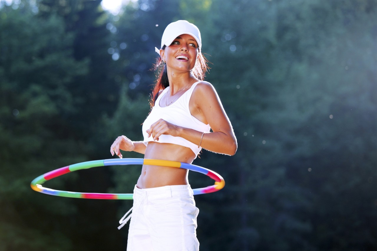 exsercise hula hoop.jpg1  - Hula Hoop Warna Warni 70cm Body Gym