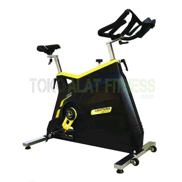 ID 700L wtr - Commercial Spinning Bike BGD700L