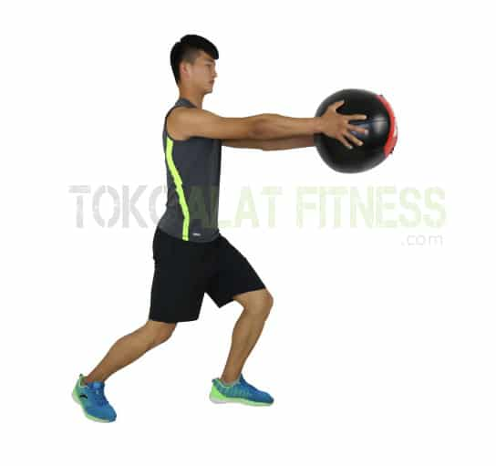 Medicine ball DTL 5kg wtr e - Durabble Medicine Ball 5Kg Merah Body Gym