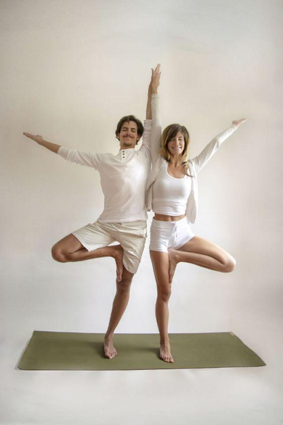 TOKO ALAT FITNESS ARTIKEL 9 POSE YOGA DILAKUKAN DENGAN PASANGAN 1 - 9 Pose Yoga Ini Bisa Dilakukan Bareng Pasangan!